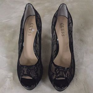 New Guess Black sheer shoes 👠